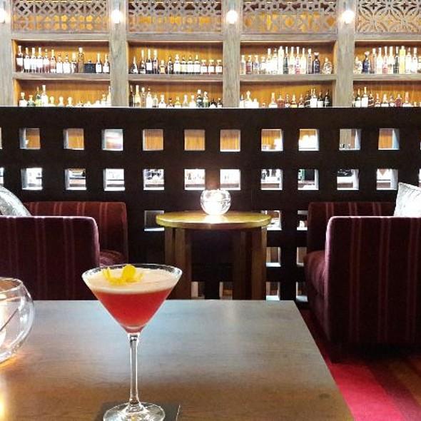 Singapore Sling Martini