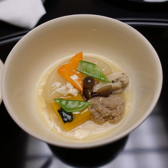 Densuke Daikon Radish, Duck Meatloaf, Pumpkin, Shimeji Mushroom, Ginkgo Leaf-Shaped Carrot, Snow Pea, and Pickled Yuzu Citrus