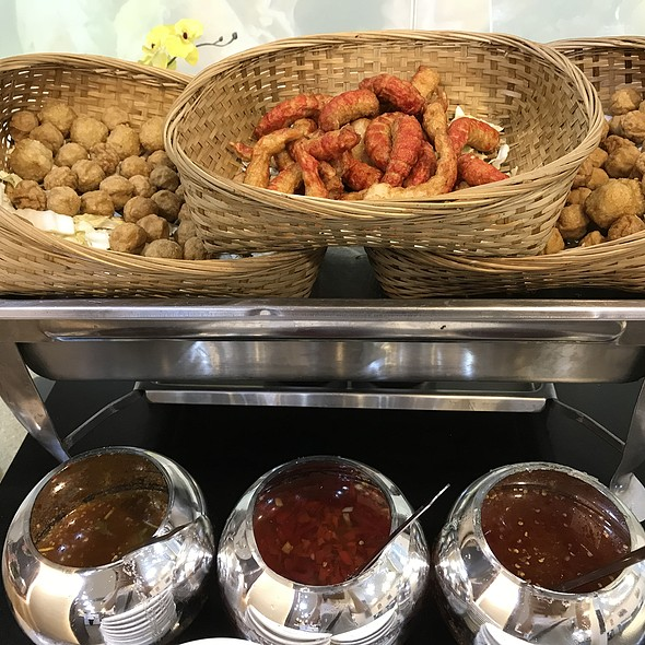 Fried Stuff Buffet @ Khao San