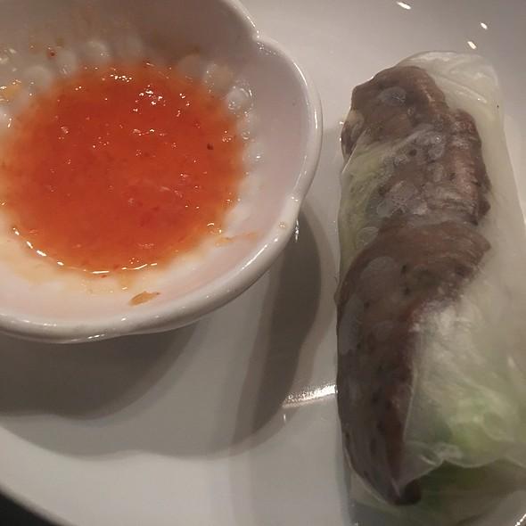 Vietnamese Beef Spring Roll