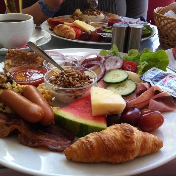 Luksus Brunch @ Café Rohde's
