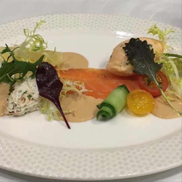 Smoked Salmon And Crab Salad