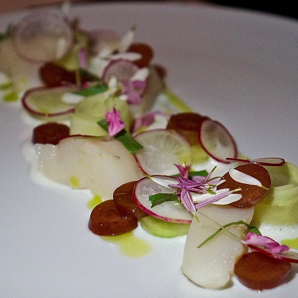 Chilled poached diver scallops, cucumber, pickled grapes, tarragon, buttermilk dressing