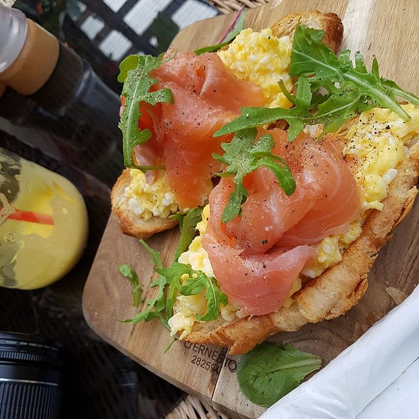Smoked Salmon And Scrambled Eggs On Croissant