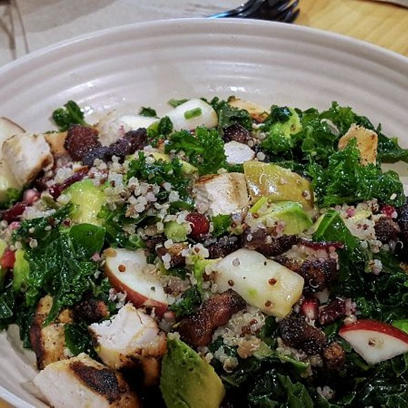 Apple & Bacon Greens & Grain Bowl w/chicken
