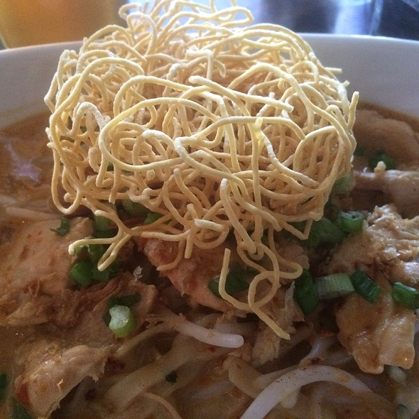 Chiang Mai Curry Noodles @ Noodlehead