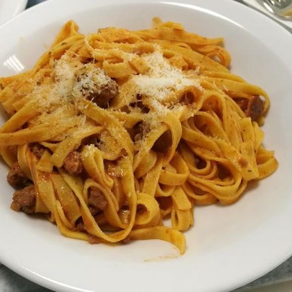 Pasta Alla Boscaiola @ Istituto De Angeli Srl