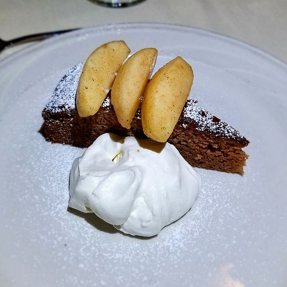 Apple Cake @ The Cottage