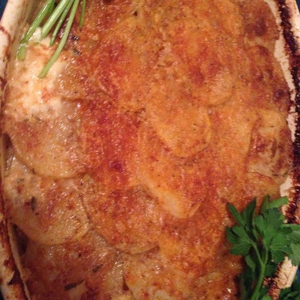 Scalloped Potatoes @ Home