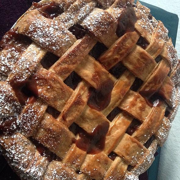 Salted Caramel Pie @ Home