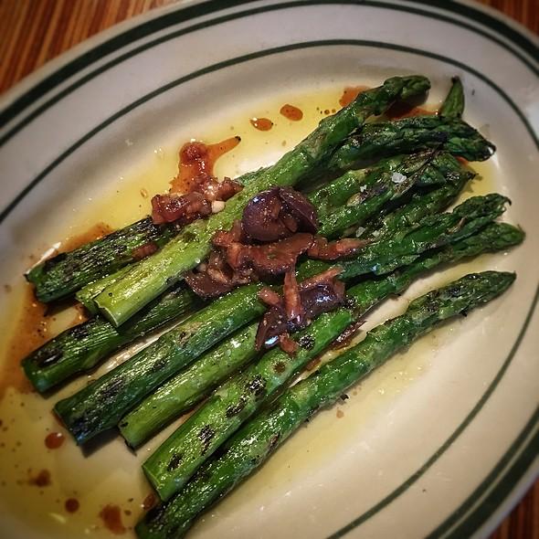 Roasted Asparagus @ Chowder Room