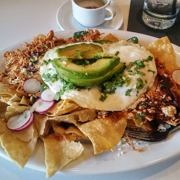 Breakfast Nachos @ Bassett Street Brunch Club