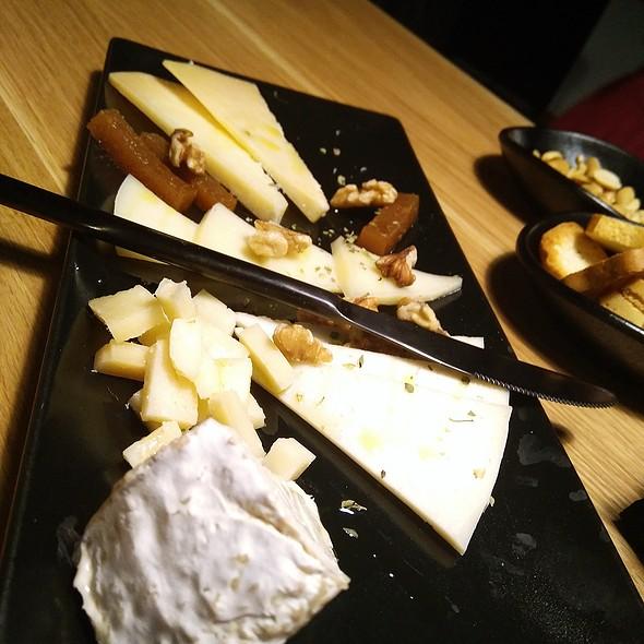 Cheese Plate @ Cerveceria Kalla