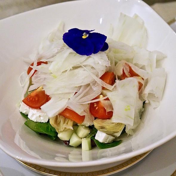 Farmer's salad –lamb's lettuce, fennel, cucumber, feta, cherry tomatoes, olives, pickled artichokes