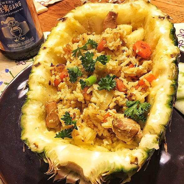 Pineapple Fried Rice with Chicken @ My Studio in Bayonne, NJ