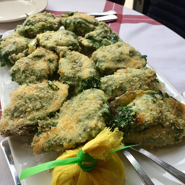 Oysters Rockefeller @ Tavern On Rush