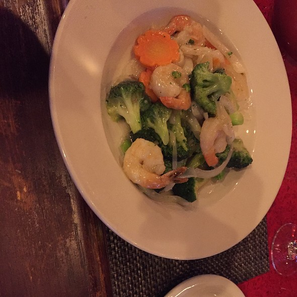 Shrimp And Broccoli @ Oriental Wok