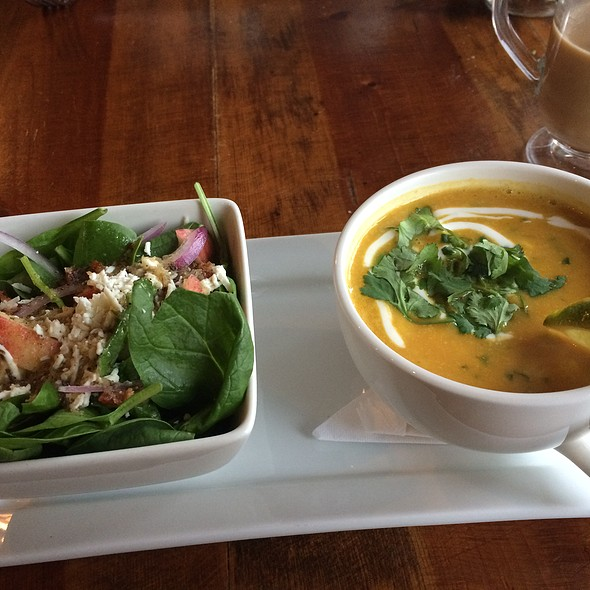 Sunset Corn and Chicken Soup with Spinach Salad