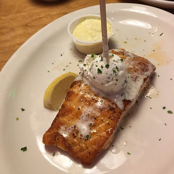 Salmon @ Texas Roadhouse