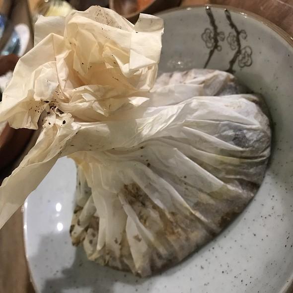 Paperbag oven-baked halibut fillet