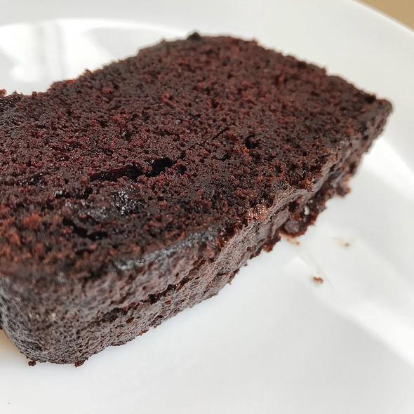 Chocolate Whiskey Cake Slice @ HAFH