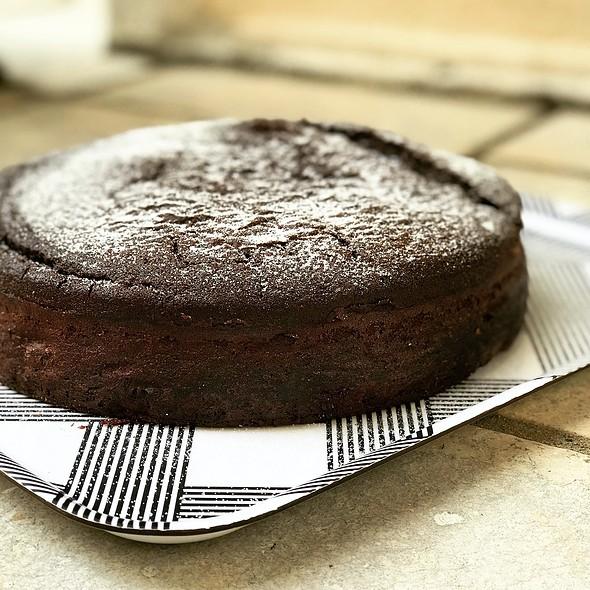 Chocolate Whiskey Cake @ HAFH