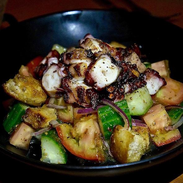 Ensalada de pulpo – grilled octopus, heirloom tomatoes, cucumber