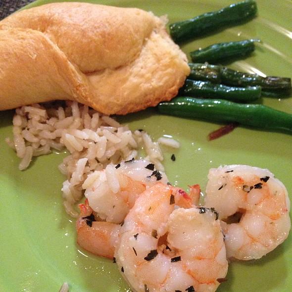 Shrimp, Green Beans & Rice @ Friend's Home