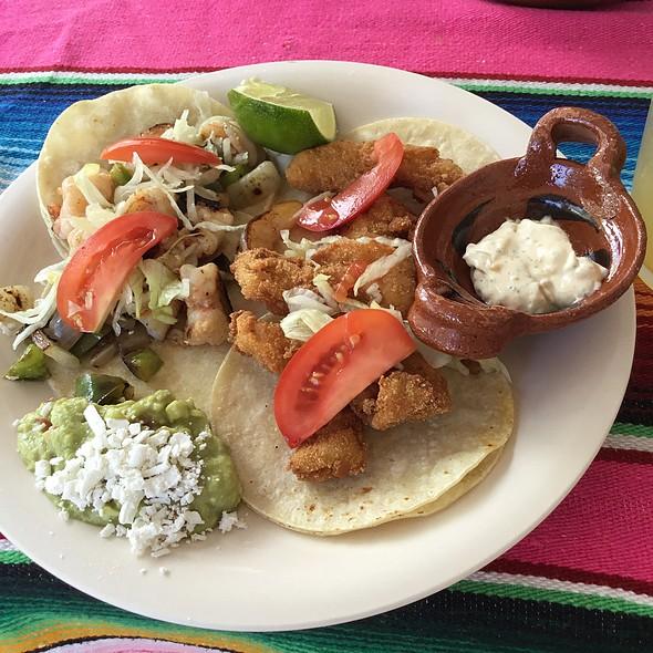 Shrimp And Fish Tacos @ Calypso's
