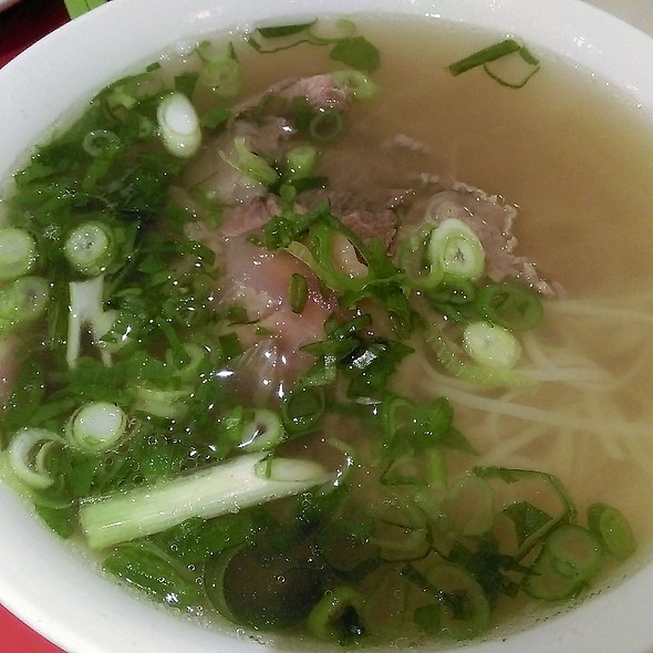 Pho with Rare Beef & Soft Tendon