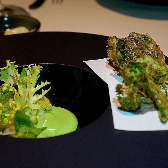 Sanshö, brassica tempura, wasabi aioli