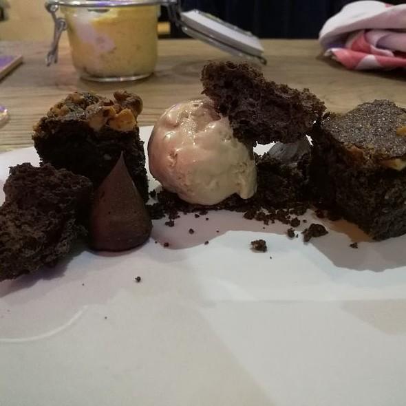Me Pierde El Chocolate