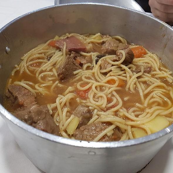 Esparguete De Vitela