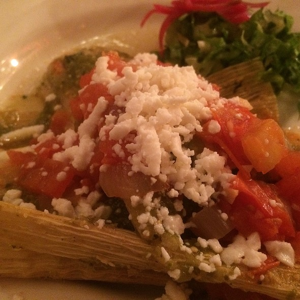 Vegetable tamales. @ Las Bugambilias