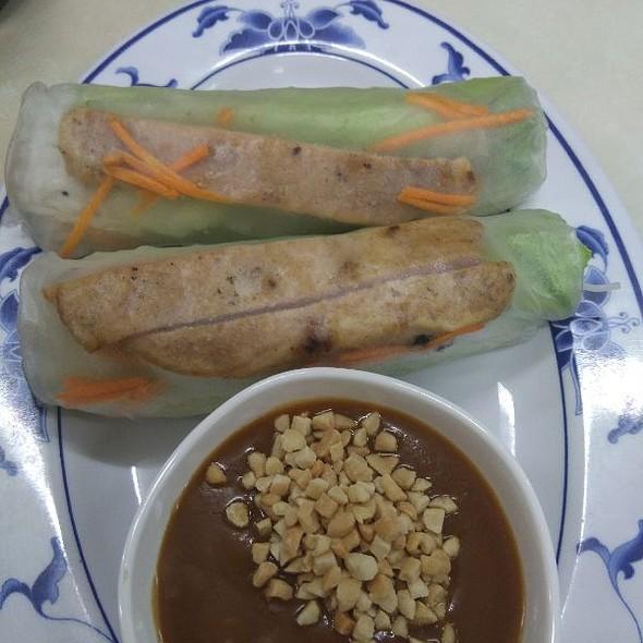 Chargrilled Pork Rice Paper Rolls @ Pho Mekong Vietnam