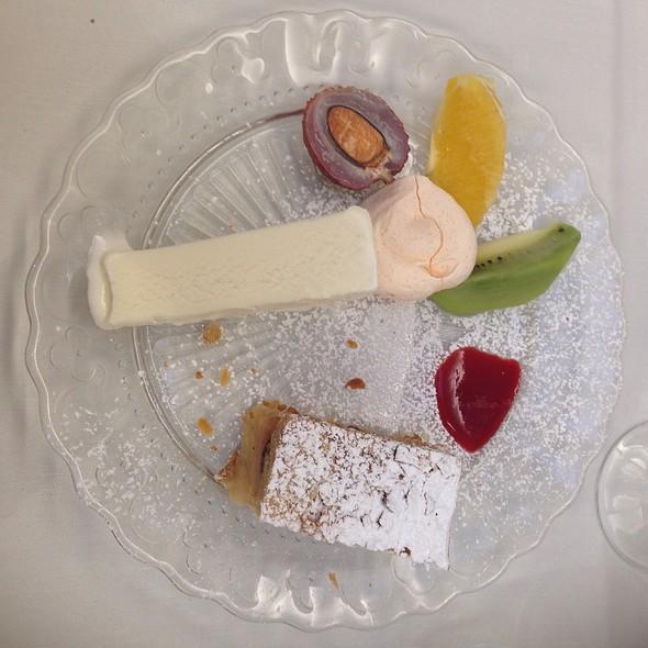 Kosher Dessert @ Hoffy's