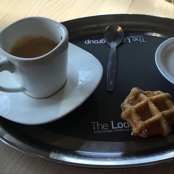 Coffee @ The Lodge