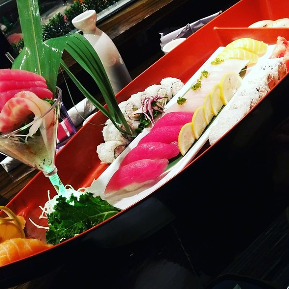 The Boat @ I Love Sushi