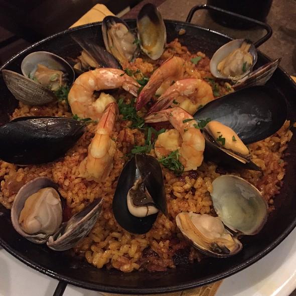 Paella Del Mar @ Esteban Restaurant