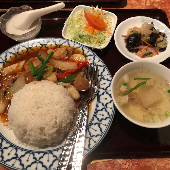 Chili Seafood With Rice Set