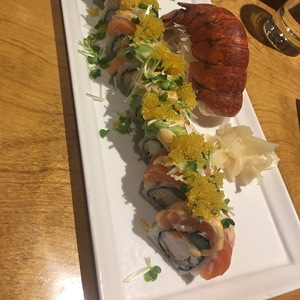 Golden Dragon Roll @ Nippon Tei