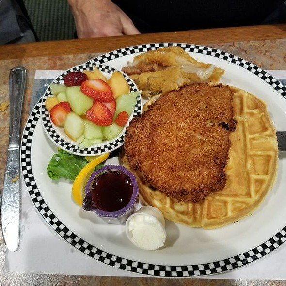 Chicken And Waffle @ Black Bear Diner