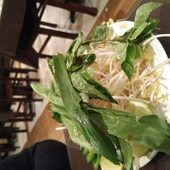 Pho Fixin's @ Nam Phuong