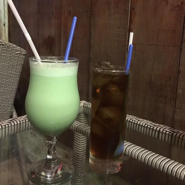 Blue Hawaiian And Long Island Iced Tea