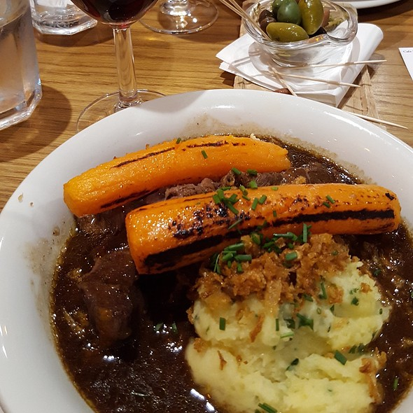 Beef Bourguignon @ Cafe Rouge