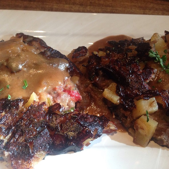 Shortrib Hash @ Central Grille