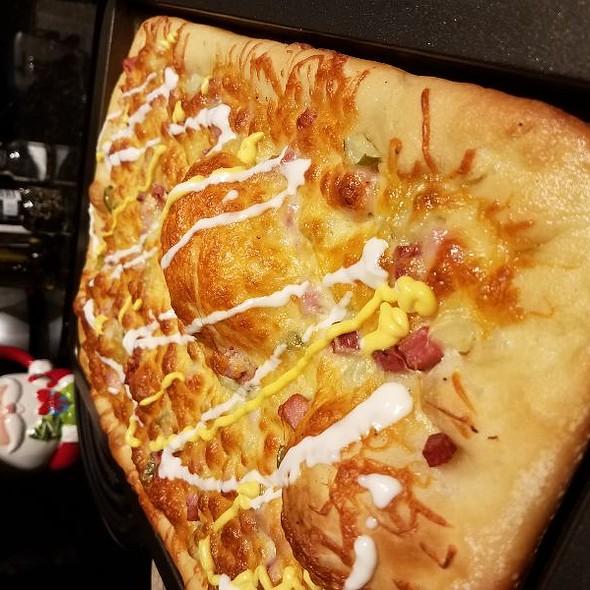 Cuban Sandwich Pizza