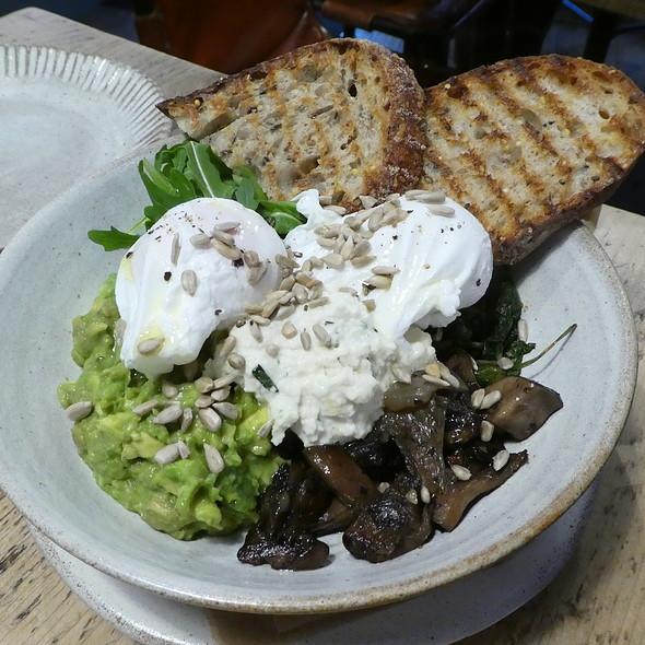 Avocado, poached egg, cream cheese, mushrooms