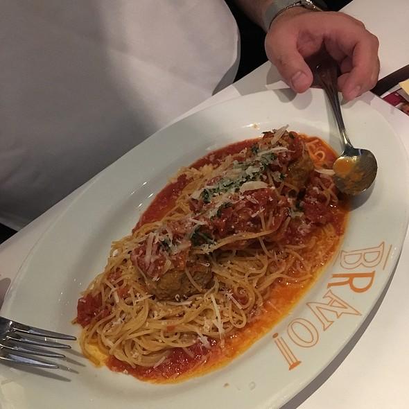 Spagetti And Meatballs @ Bravo!