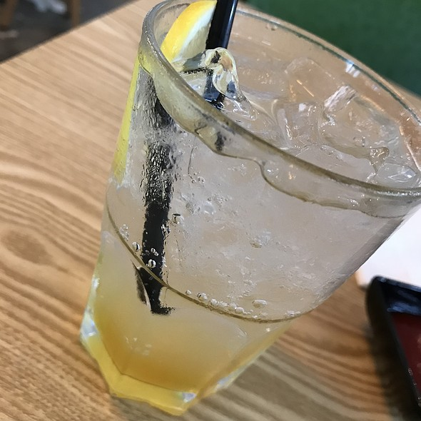 Passion Fruit with Lemongrass Soda